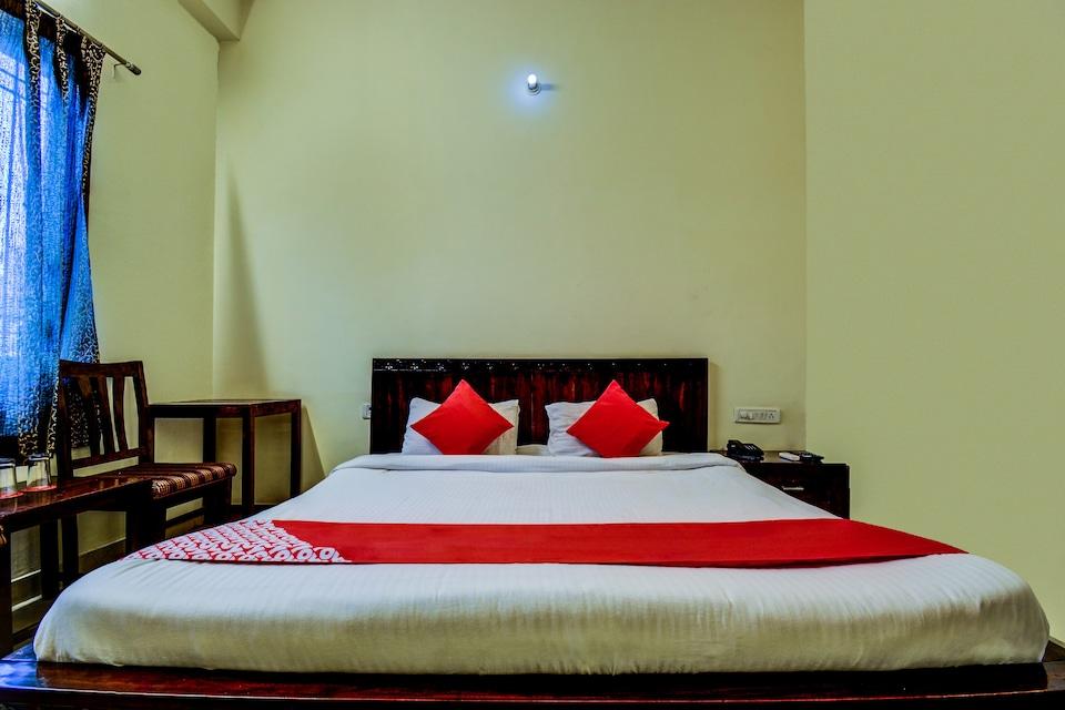 OYO 2393 Vanraj Palace