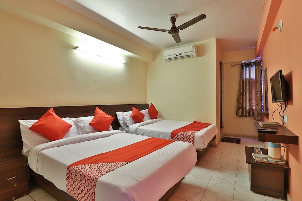 OYO 2427 Hotel Raj Palace