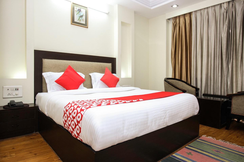OYO 2428 Hotel Ashish -1