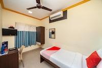 OYO 2443 Hotel Opera Residency Saver
