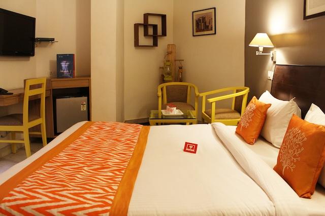 Capital O 2457 Hotel Green Lotus