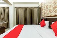 OYO 32128 Hotel Surya