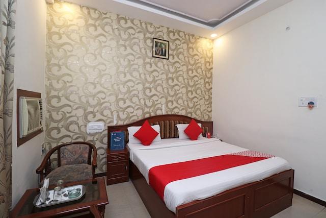 OYO 2473 Hotel Sunrise Inn Deluxe