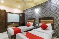 OYO 31911 Hotel Kanchan Palace