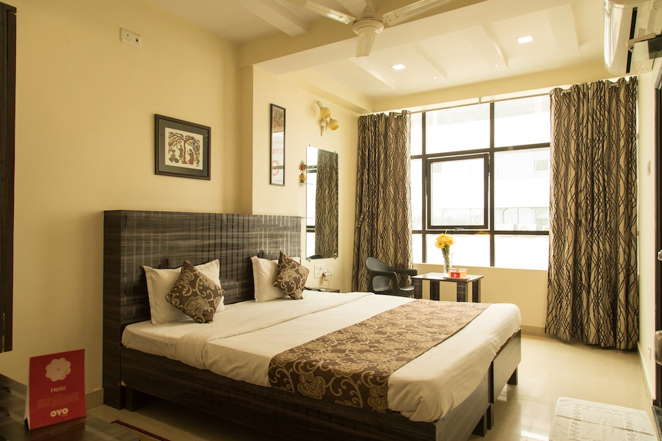 OYO 2493 Hotel K P Inn