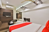 OYO 2503 Hotel Amber