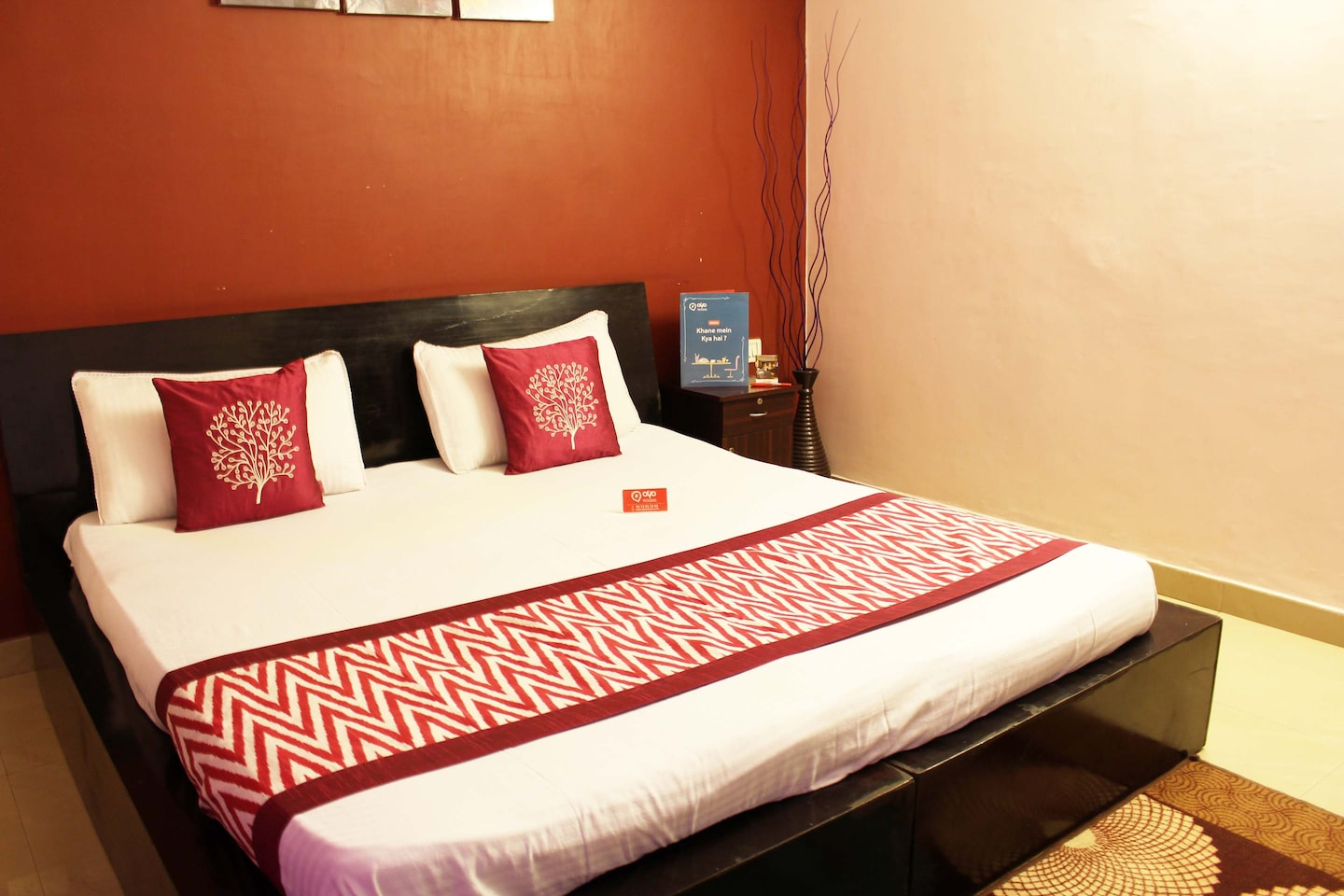 OYO Apartments 326 Subhash Chowk Room-1