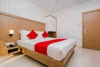 OYO 13089 Hotel Gold Crest