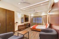 Capital O 13090 Astor Hotel