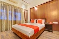 OYO 13090 Astor Hotel