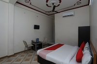 OYO 13095 Ganesh Mangal Guest House Deluxe