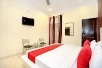 OYO 13102 Hotel Adarsh Saver