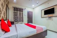 OYO 13114 SVS Luxury Rooms Deluxe