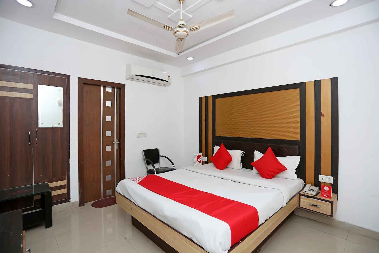 OYO 13125 Hotel Gwal Palace -1