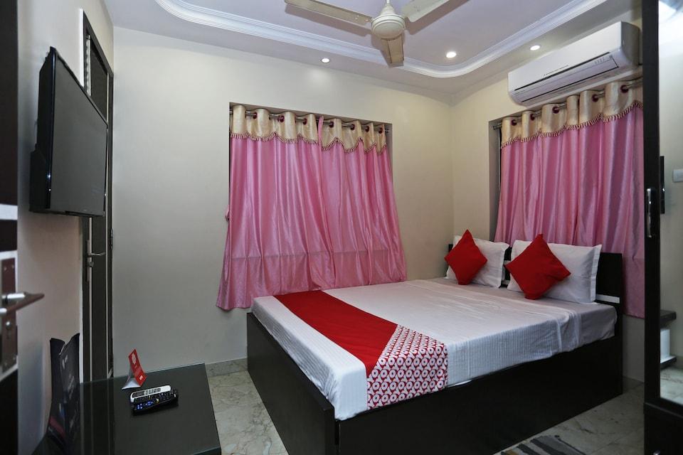 OYO 13132 Shivaalay Inn