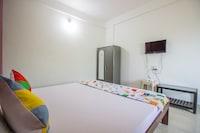 OYO Home 13147 Studio With Balcony