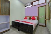 OYO 13152 Bosu Dhara Lodge