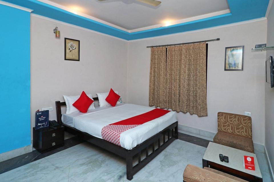 OYO 13161 Apni Havali Hotel & Restaurant