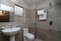 OYO 13167 Nirvana Lodge Suite