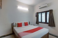 OYO 2559 Apartment Rich Residency