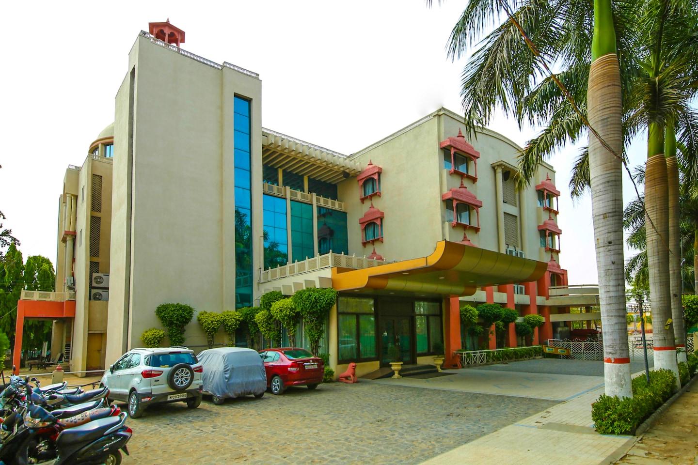 Capital O 13279 Hotel Jabali Palace -1