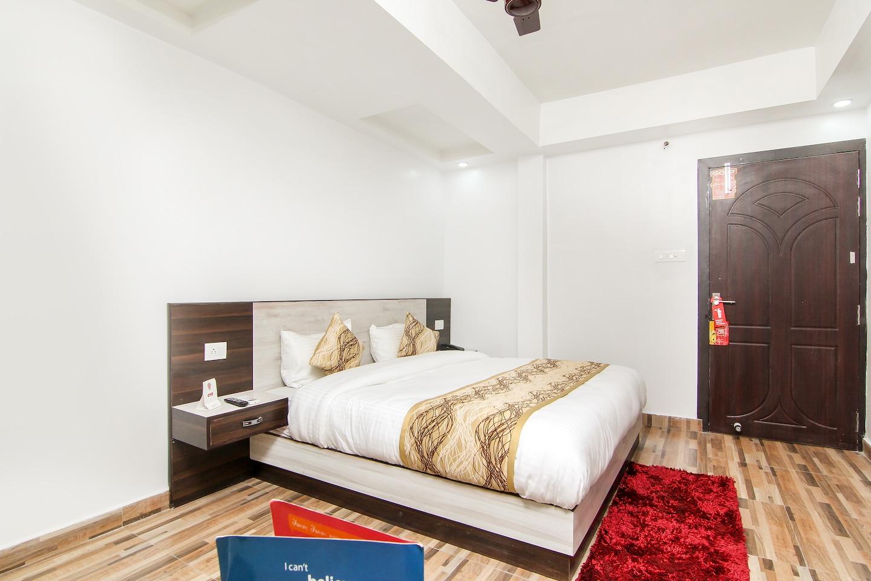 OYO 13314 Grand Almada Inn -1