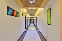 OYO 13372 Hotel Laksh Residency
