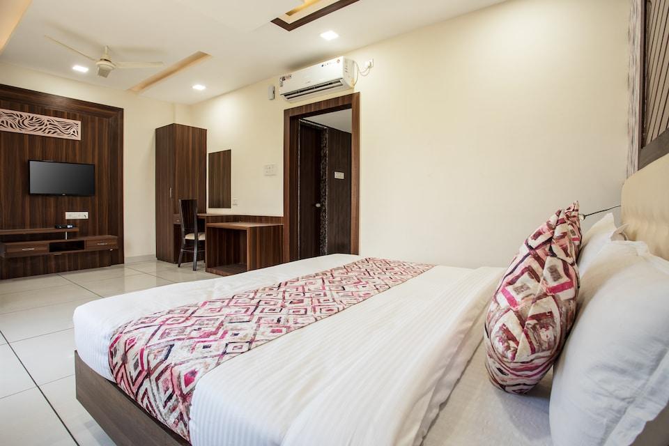 OYO Flagship 13376 Hotel Shri Vilas, Kolar Road, Bhopal