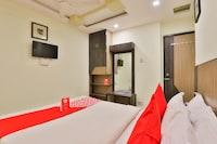 OYO 13398 Hotel Relish