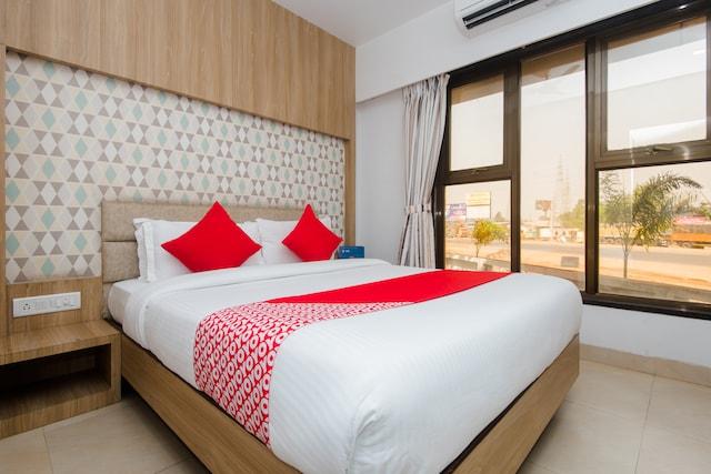 OYO 13468 Hotel Jai Malhar Residency