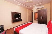 Capital O 13483 Hotel Aradhya's Suite