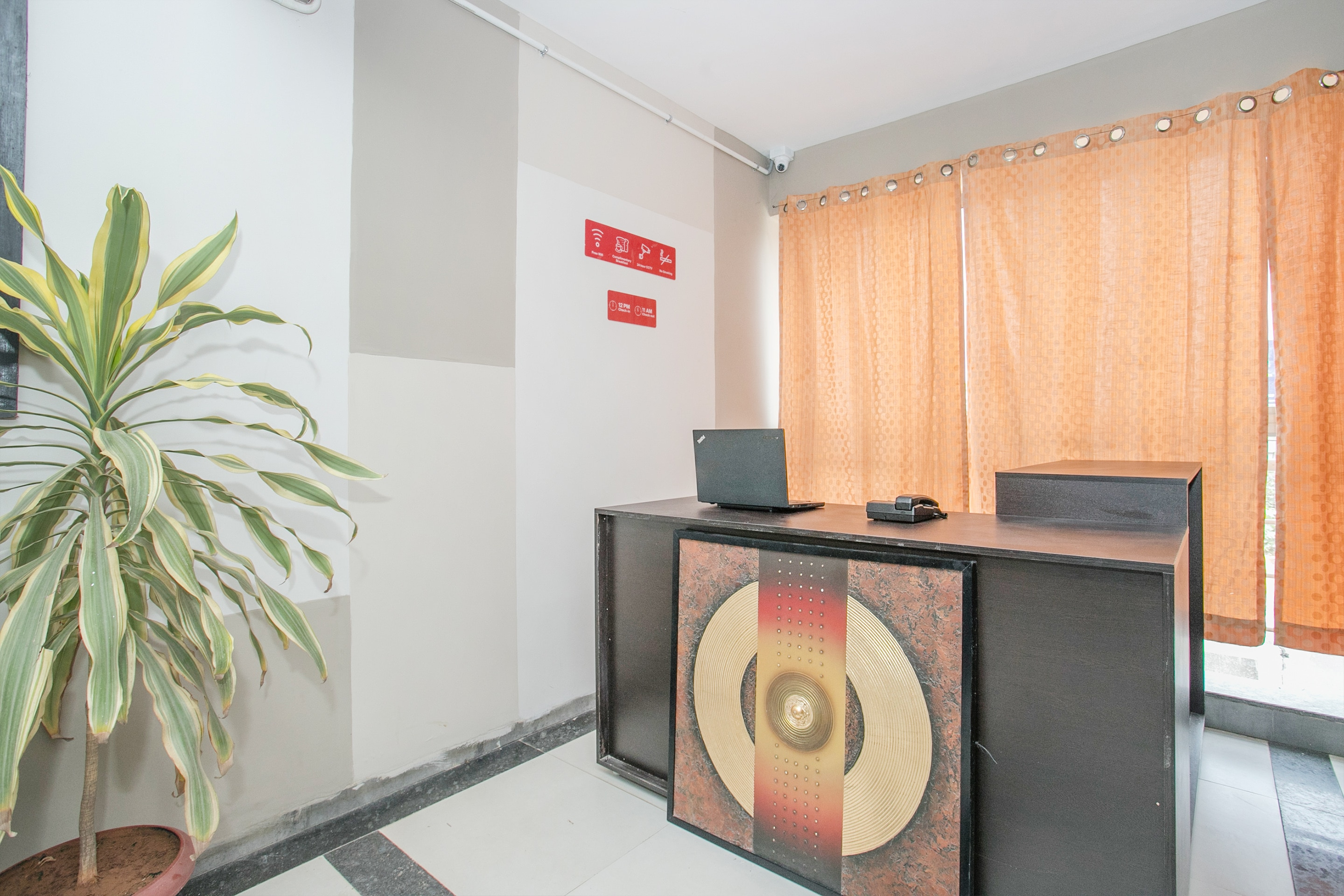 Oyo 13523 Hotel Luxor The Budget Inn, Budget Bangalore, Book