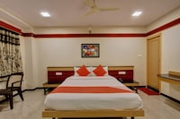 OYO 13567 1BHK Suites and Rooms