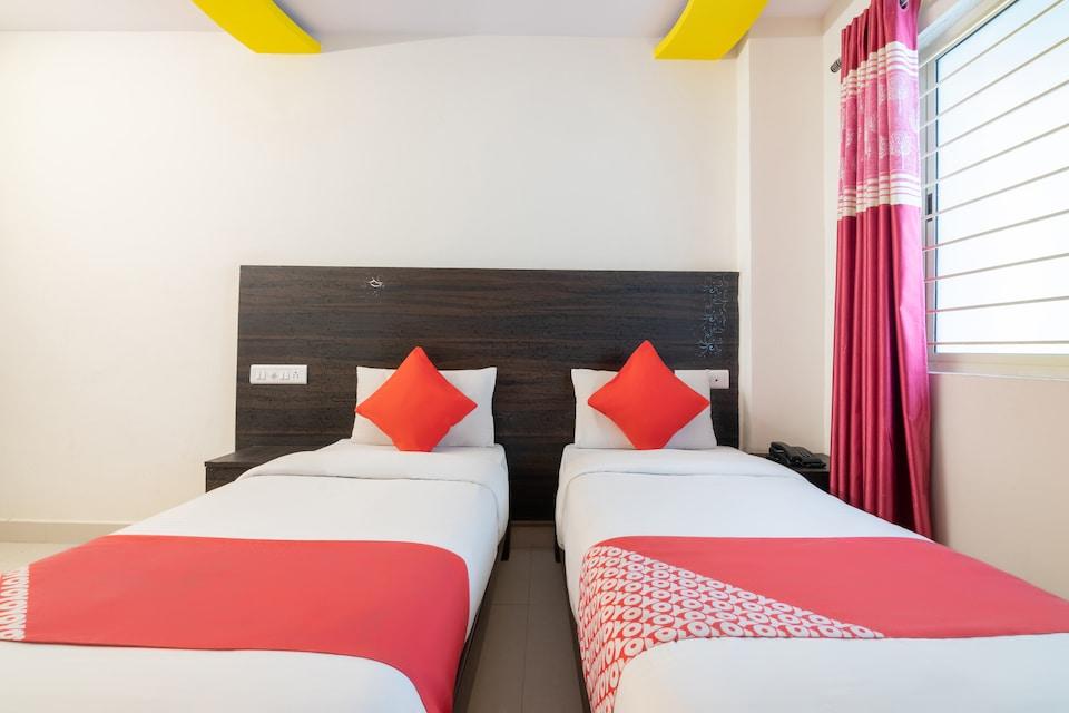 OYO 13594 Mathrushree Residency, Rajajinagar Bangalore-II, Bangalore