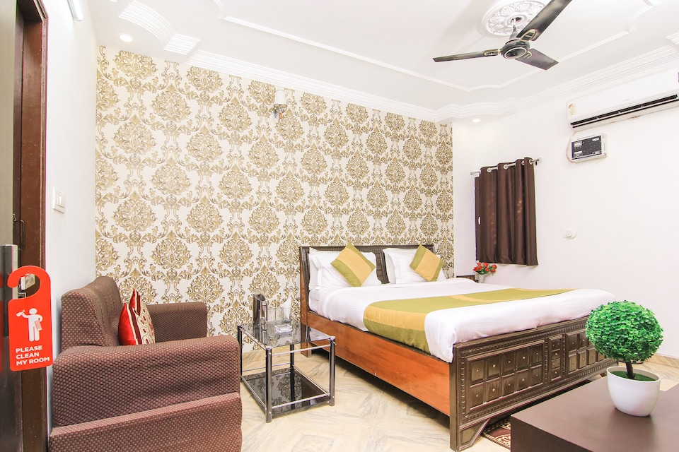 OYO 13652 Hotel Rajput, Charbagh Lucknow, Lucknow