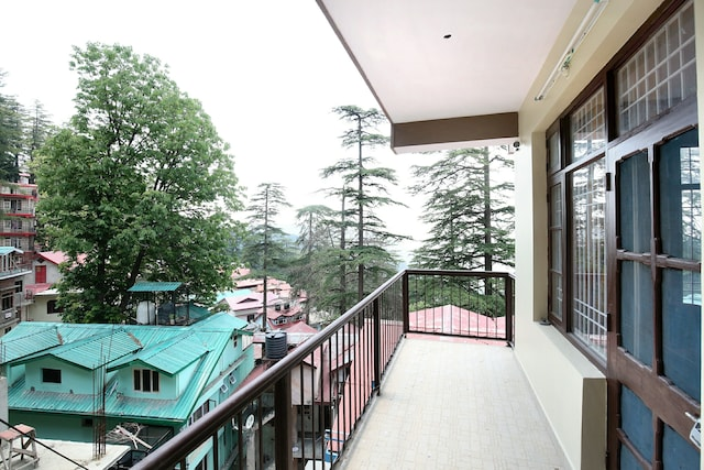 🏘️3min-Station😍Hill View 2BHK 13665