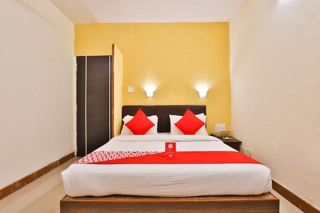 OYO 13668 Hotel Utsav
