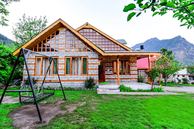OYO 13679 CRC Paramount Cottage Deluxe
