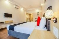 Capital O 13727 Hotel Aarogyam Suites