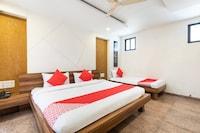 OYO 33223 Hotel Kanha Deluxe
