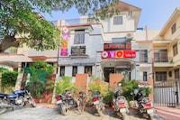 OYO 13744 Villa b6