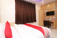 OYO 13774 Check In Room