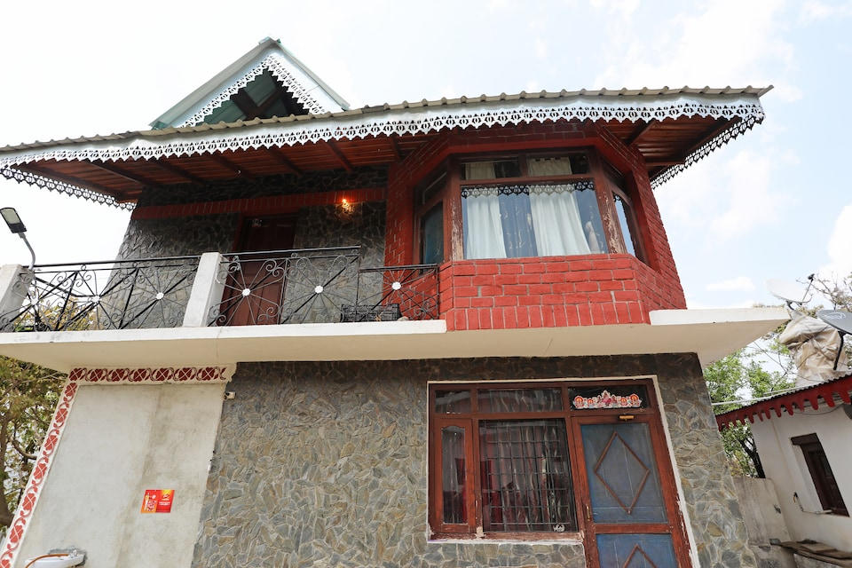 OYO Home 13785 Boutique 2BHK