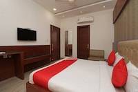 OYO 2594 Hotel Kanchan Residency