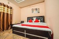 OYO 13855 Hotel Green Hills