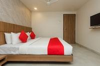 OYO 13857 Hotel Imperial