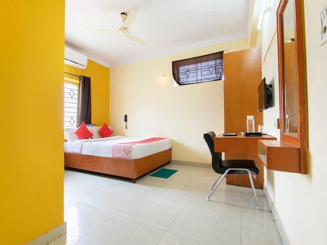 OYO 13901 Vishal Residency