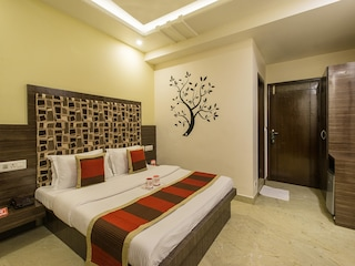 OYO Rooms 155 Shubhash Nagar Bani Park