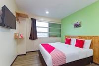 OYO 328 Apple Hotel Shah Alam