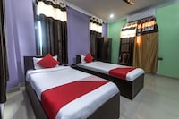 OYO 13927 Green View Guest House Deluxe